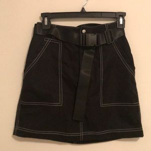 Construct stitch belted utility mini skirt